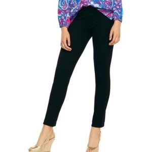 Lilly Pulitzer Black Tuxedo Travel Pants. Size Med